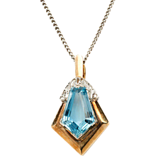 Art Deco Aquamarine and Diamonds Gold Pendant