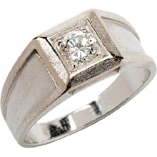Diamond Solitaire Gold Ring
