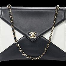 Chanel Vintage Handbag Navy & white