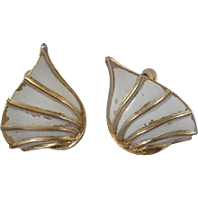 Trifari Gold and white tone Clipon earrings