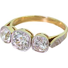 Art Deco 2.96 Carat Old Cut Diamond Trilogy Ring, circa 1925