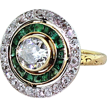 Art Deco 0.70 Carat Old Cut Diamond & Emerald Target Cluster Ring, French, circa 1920