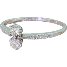 Art Deco 0.30 Carat Old Cut Diamond Toi et Moi Ring, circa 1930