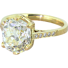 Art Deco 3.66 Carat Fancy Light Yellow Diamond Engagement Ring, circa 1920