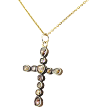 Georgian 0.70 Carat Rose Cut Diamond Cross Pendant, circa 1820