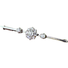 Art Deco 0.70 Carat Old Cut Diamond Cluster Pin Brooch, circa 1935