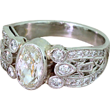Mid Century 1.04 Carat Old Oval Cut Diamond Dress Ring, circa 1960