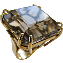 A Gold and Smokey Quartz Retro Ring, c1945