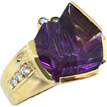 Bernd Munsteiner for H.Stern Amethyst and Diamond Ring