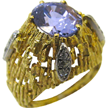 Andrew Grima Lavender Sapphire Gold Ring