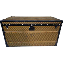 1900s Louis Vuitton Yellow Damier Trunk / Malle Courrier Damier Jaune