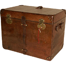 Leather Steamer trunk with Key