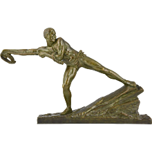 French Art Deco bronze sculpture Athlete with rope by Pierre Le Faguays, 1925