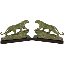 French Art Deco panther bookends on marble base by Carvin, 1930