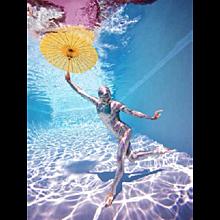 Howard Schatz - Underwater Study #2778