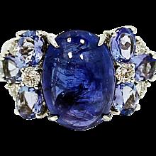 18K Cabachon Tanzanite Ring