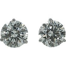 18K White Gold 5.01 Carat Diamond Stud Earrings