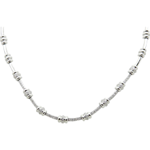 18K White Gold Necklace With Diamonds