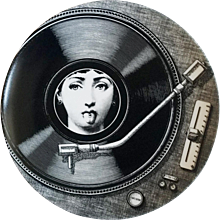 Fornasetti Tema E Variazioni Plate, Number 370, The iconic image of Lina Cavalieri. Barnaba Fornasetti