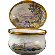A Fürstenberg Snuff Box with fine painted Landscapes, around 1760