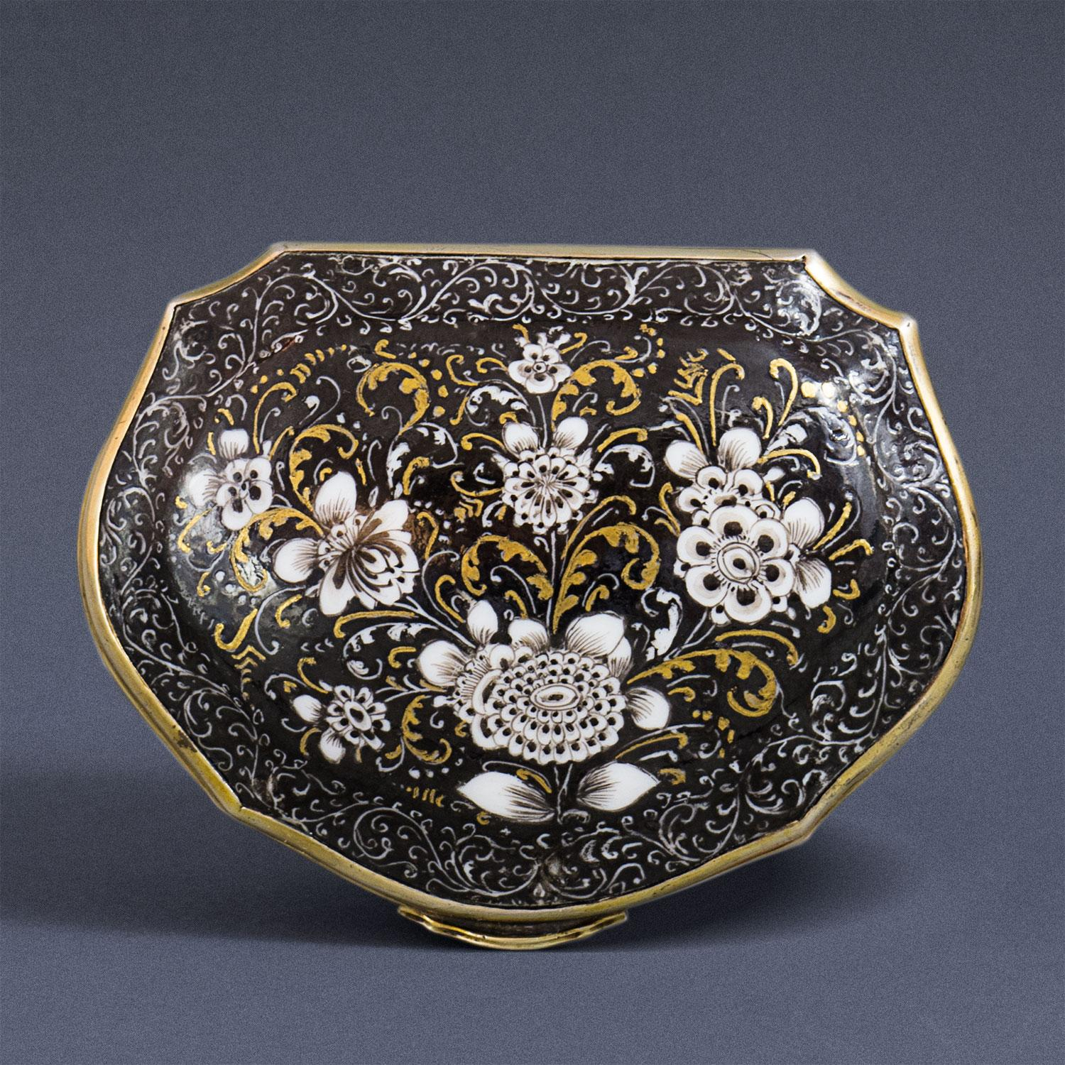 A rare Meissen black-ground Snuff-box with a Painting after ...