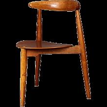 Hans J. Wegner Chair FH 4103