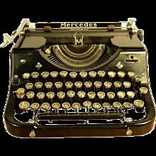 Mercedes Selecta Typewriter