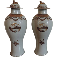Large Pair Chinese Export Porcelain Garniture Vases for the American Federal Market Late 18th century