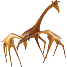 Elegantly Walking Giraffe - Workshop Hagenauer - Wooden Animal Figurine