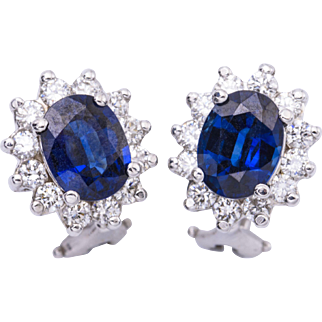 3.40 Carats Oval Sapphires Diamond Gold Earrings