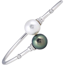 South Sea Tahitian Pearl with Diamond Accents Bangle
