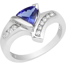 1.07 Carat Trillion Tanzanite White Gold Ring