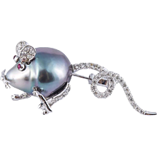 18k Tahitian Baroque Pearl and Diamond Mouse Pin Brooch