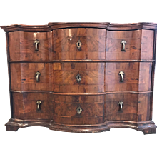 Italian Baroque Walnut Commode