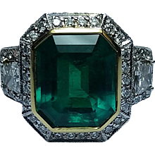 4.95 carat Colombian Emerald Ring