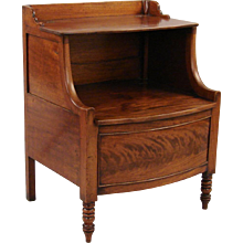 Hepplewhite Mahogany Bedside Table