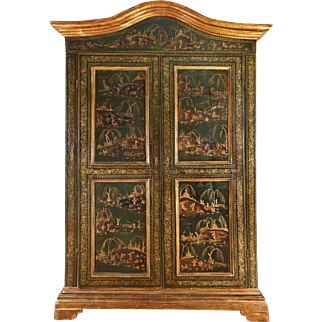 French 18th Century Green Japanned Armoire