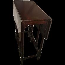 19th Century Mahogany Drop-Leaf Table