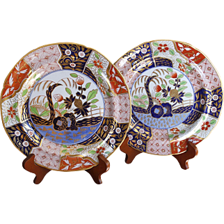 """Pair of Large Early English Spode """"Rock and Tree"""" Pattern Porcelain Plates"""