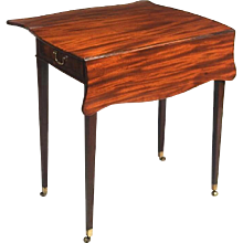 George III Mahogany Butterfly Leaf Pembroke Table