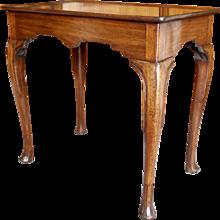 Irish or English Early George II Period Mahogany Dish Top Tea Table
