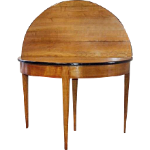 Table Demi-Lune