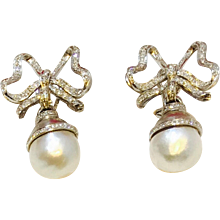 Diamond and Pearl Drop Earrings 18K
