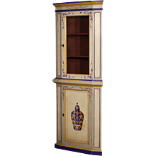 20th Century Corner Cupboard In Painted Wood