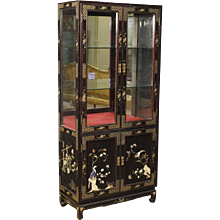 20th Century French Lacquerd And Painted Chinoiserie Vitrine