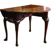 A George II Period Mahogany Drop Leaf Table