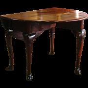 A George II Period Mahogany Drop Leaf Table