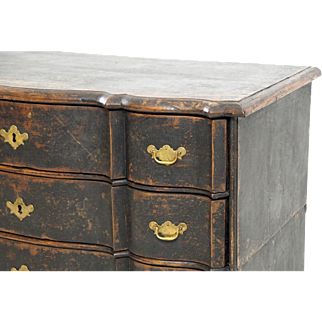 Fine Swedish chest, with original lock, circa 1700.