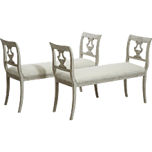 Very fine pair of freestanding Gustavian style benches, early 19th C.