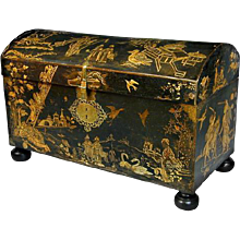Early 18th Century English Lacquer Coffer. Circa 1720. (c. 1720 English)